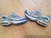Ladies Nike Max Air Running Trainers Size 4 UK