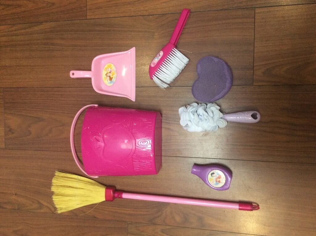 DISNEY PRINCESS CLEANING SET
