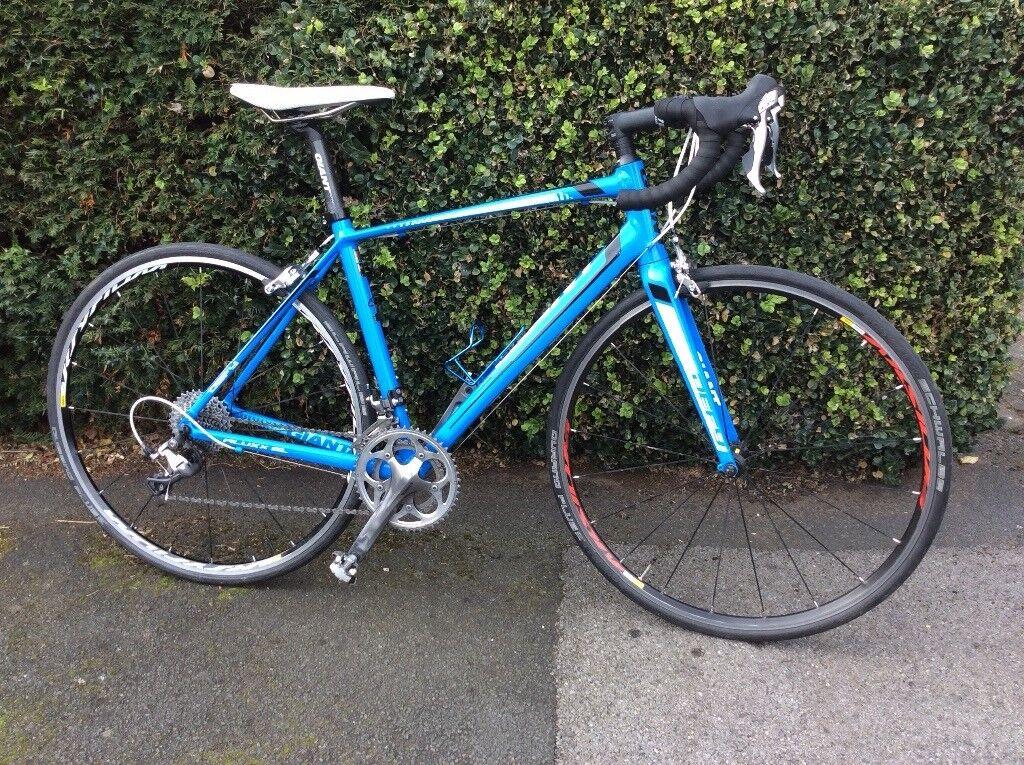Men's GIANT DEFY 1 Road Bike - Medium