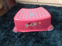 CHILDS STEP STOOL AND TRAINER TOILET SEAT
