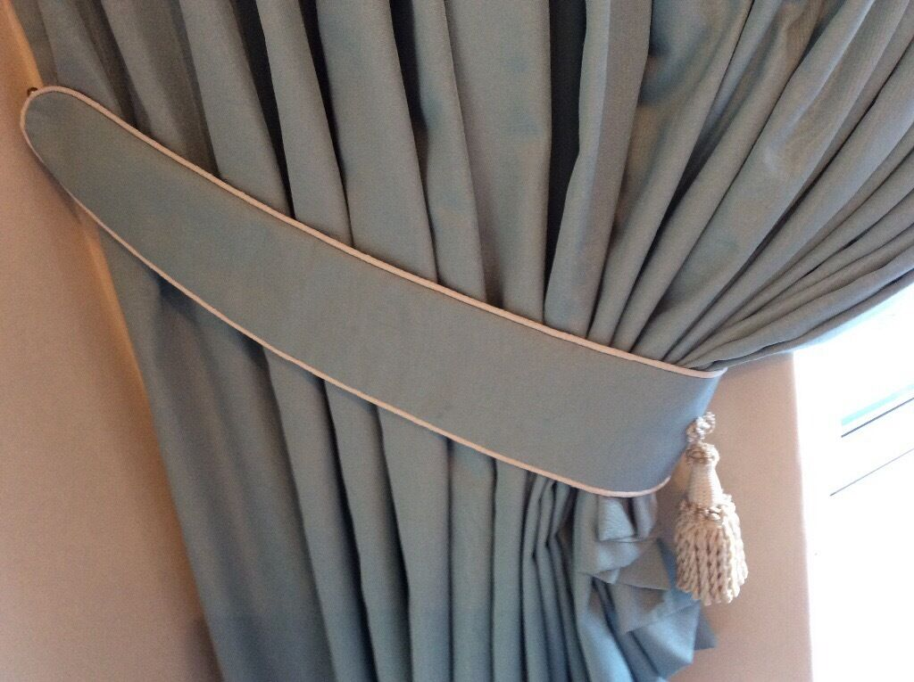 Curtains, Valance and Tie-backs VGC