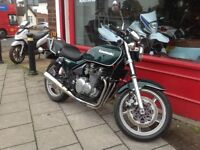 KAWASAKI ZEPHER 550 IN GREAT CONDITION FANTASTIC RIDE DELIVERY CAN BE ARRANGED PLEASE ASK