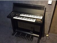 Yamaha Electone HE-6 Organ complete with User Manual