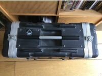 Stagg moulded PE rack for musician / dj. Stack, rack & transport safely.