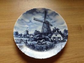 Delft display plate