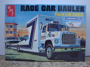 1/25 AMT Ford LN 8000 Louisville Race Car Hauler AMT758  NIP