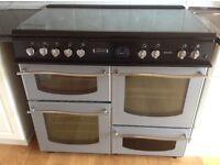 Lovely range cooker