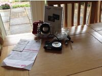Intova camera and waterproof housing