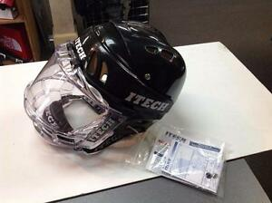 Itech Hockey Helmet (B8BL8Z)