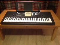 Yamaha digital keyboard ypt-220