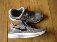 Nike LunarEpic Flyknit 2 trainers