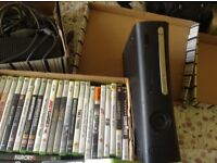 Xbox 360 elite 120gb 32 games 4wireless controllers