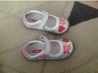 Toddler girl shoes, size 23