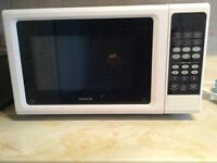 Kenwood Microwave, 25 LTR, White
