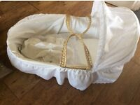 Unisex Moses basket with brand new rocking stand