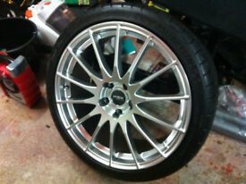 19 INCH ALLOY WHEELS WITH TYRES