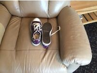 Worn once ladies converse all star