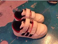 Adidas baby boy trainers size 6k in nice used condition