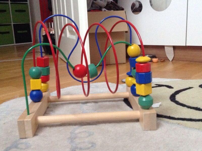 motorikschleife und farben und formen raupe in schleswig holstein l beck holzspielzeug. Black Bedroom Furniture Sets. Home Design Ideas