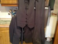 SLATERS 165 slim 4 piece suit. 34 in jacket/waistcoat, 28in trousers, 3 FREE matching shirts size 14