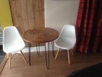Table and chairs hairpin legs retro style