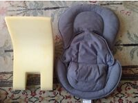 Newborn baby car seat or buggy insert