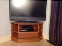 Attractive TV Stand