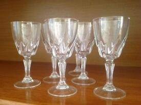 6 dainty liqueur / sherry glasses