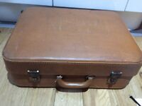Vintage Suitcase (Hardcase)