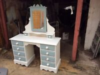 Beautifully solid pine shabby chic dressing table with mirror