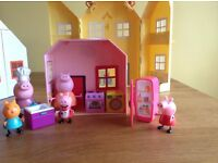 Peppa Pig houses and characters