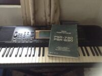Yamaha electric keyboard psr 730 with stand