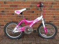 Girls bike suitable 6/7/8 yr old.