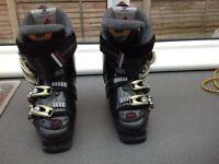 Nordica ski boots size 4