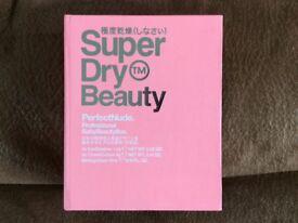 SUPERDRY make up set NEW