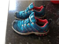Salomon Cross Trainers size UK 7.5