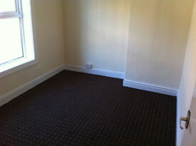 3 BEDROOMS HOUSE AVAILABLE IN BB10 FULLY FURNISHED FOR ONLY 450/M