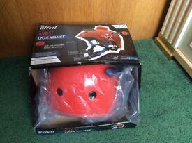 Kids'cycle helmet - new