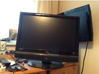 "UMC 22"" LCD TV with built in dvd player"