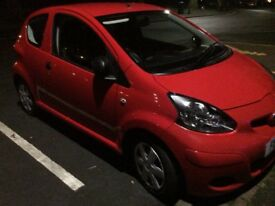 2011 Toyota aygo hatchback car