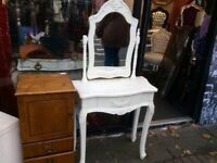 French style dressing table