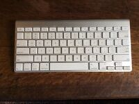 Apple wireless Keyboard and Mouse