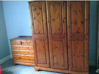 Solid wood triple wardrobe & drawers set