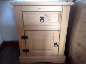 Bedroom Furniture VGC Wardrobe/Chest of drawers/Bedside