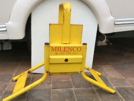 "Milenco C13 Caravan Wheel Clamp for 13"" Wheels"