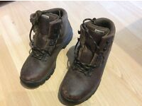 Alt-Berg Fremington Brown Leather walking/climbing boots, size 6, great condition