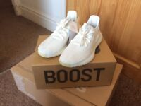 YEEZY 350 V2 UK 9 ***DEADSTOCK***