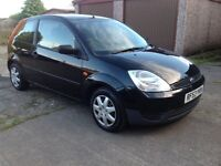 STUNNING BLACK 1.2 FIESTA LOW MILEAGE WITH FULL SERVICE HISTORY