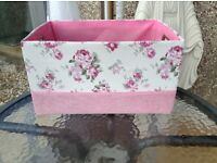 Lovely pink roses storage box