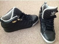 New adidas high top trainers size 9.